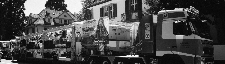 Lassen Sie Ihren Wagen für die Streetparade in Zürich komplett von USL Veranstaltungstechnik ausrüsten. Von Trass über die Beleuchtung zur Dekoration und das Soundsystem für den richtigen Partysound alles aus einer Hand für Sie installiert. Eventtechnik die funkioniert