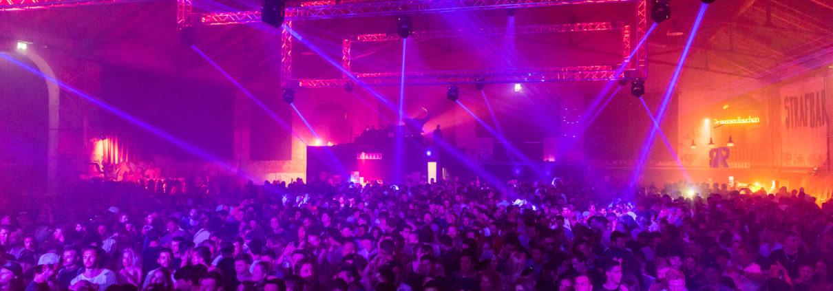 Veranstaltungstechnik We love Techno