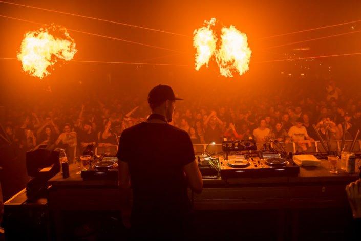 Lichteffekte und Feuershow