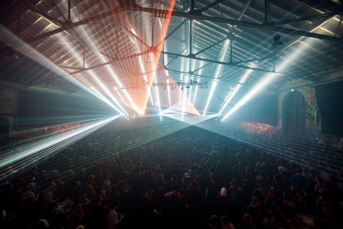 Lasershows für Ihre Party. Lasershows wie in Ibiza gibts von USL Veranstaltungstechnik