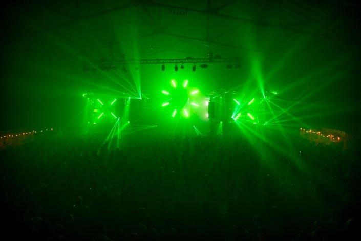 Lasershow, Lichteffekte, Partylicht, Eventtechnik, Bühnen und vieles Mehr