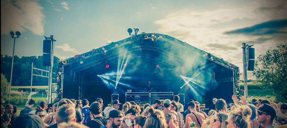 Ob Turnfest, Openair oder Elektroparty, wir haben die passende Bühne mit allem was zu einem guten Konzert dazu gehört.