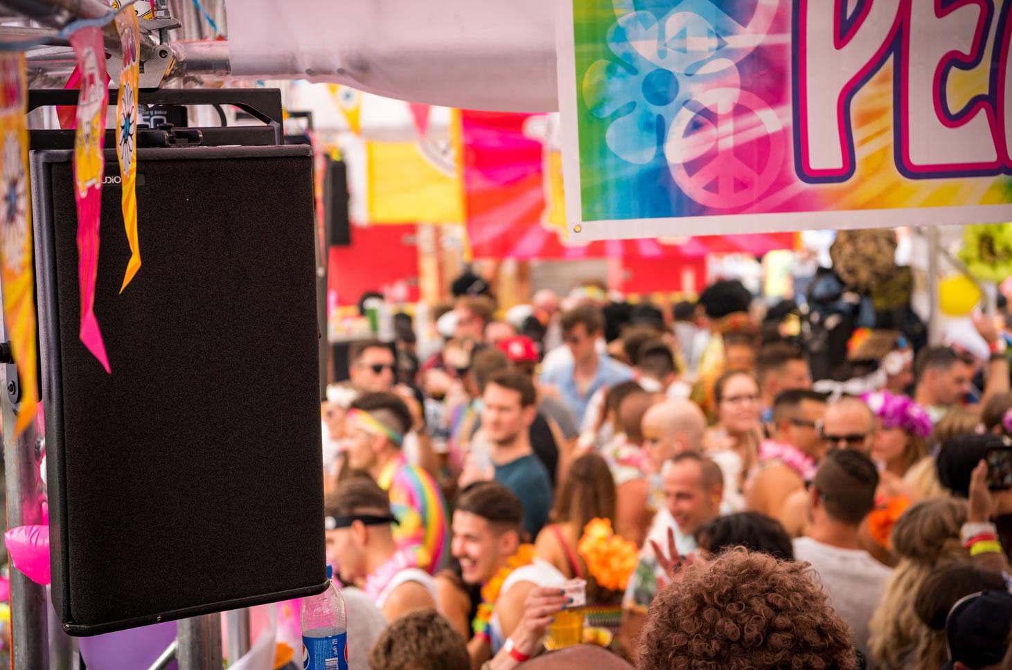 An der Streetparade mit Lautsprecher von TWAUDiO. USL Veranstaltungstechnik für Sie im Einsatz