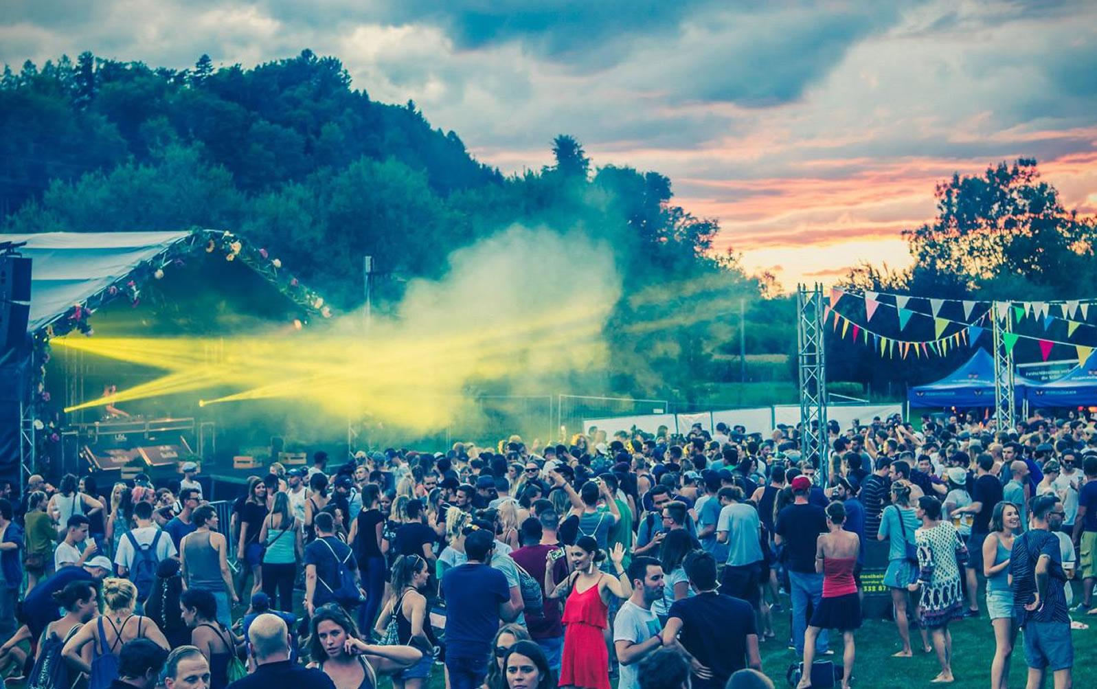 Eventtechnik für jeden Anlass. Sommerfest, Festival, Openair oder Firmenanlass. USL Veranstaltungstechnik ist Ihr Profi