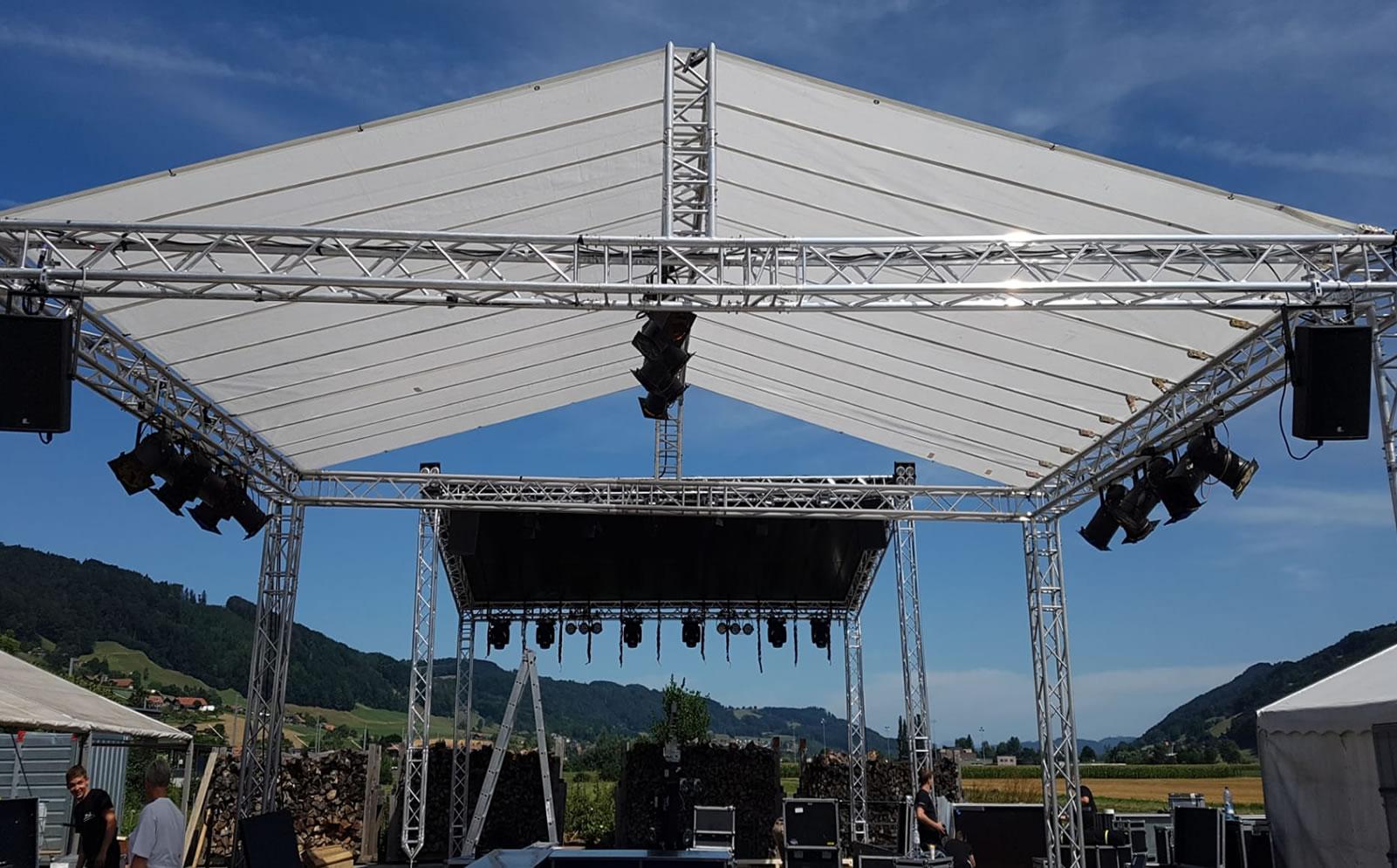 Alles für Ihren Event. Zeltbau, Bühnen, Rigging und mehr von USL Schweiz