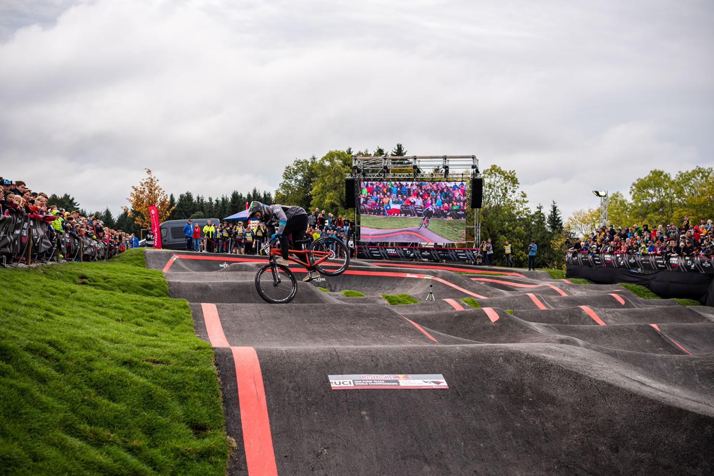 Spitzensport in Bern. An der Red Bull Pump Track Weltmeisterschaft in Köniz