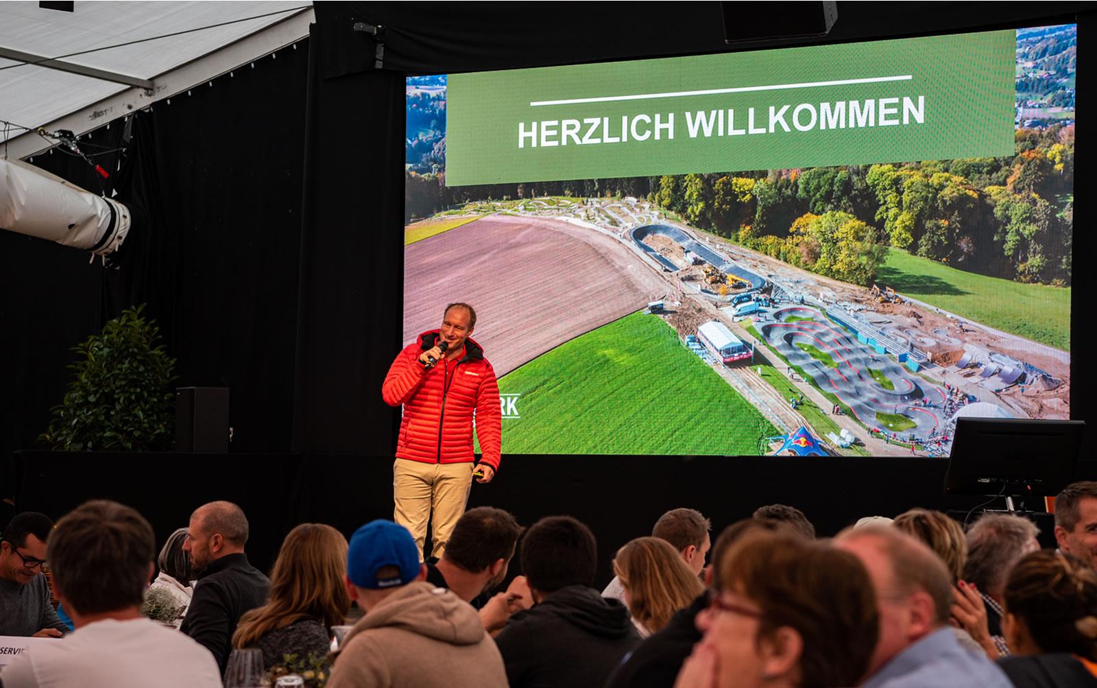 Thömus Veloshop und die BikeExpo bereiten sich auf den Besucheransturm in neuen Swiss Bike Park vor